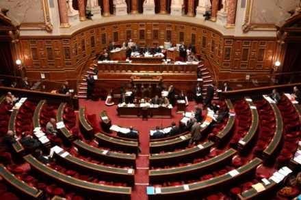 Députés absents à l'Assemblée Nationale
