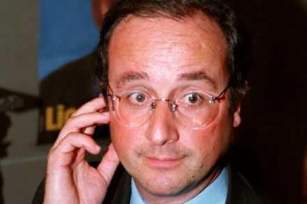 Hollande se fait passer pour un leader d'extrême droite